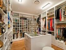 Closet_9