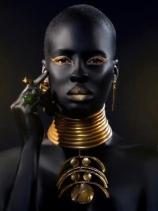 Black&Gold_1