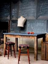 Blackboard_22
