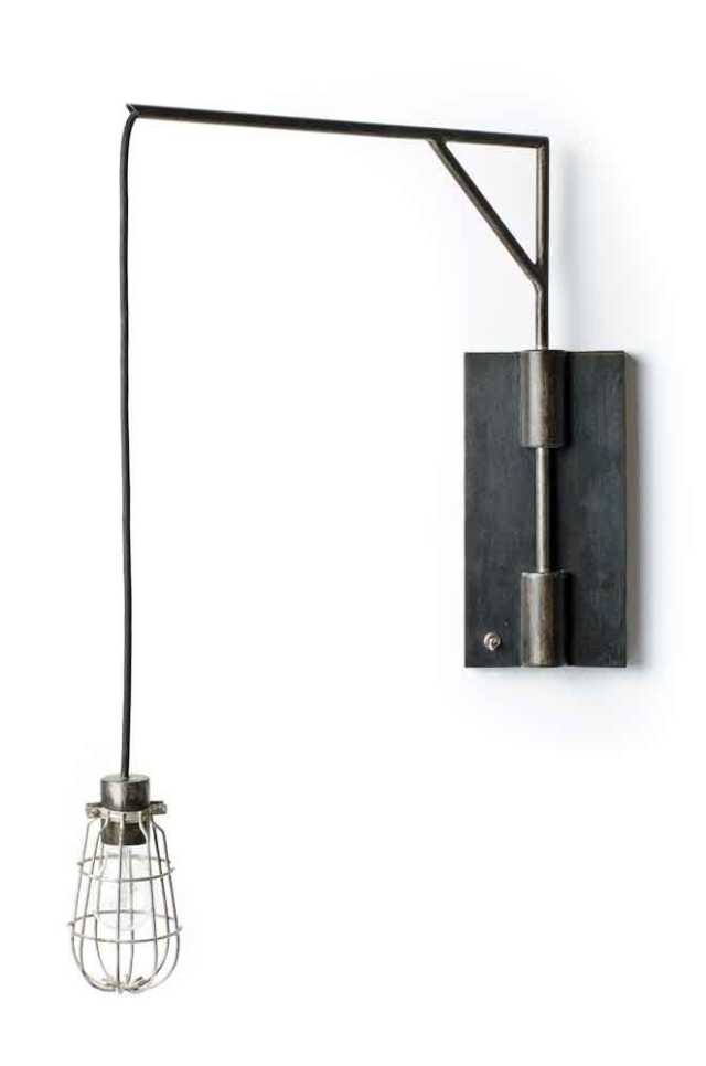 Swing_arm_wall_lamp_7