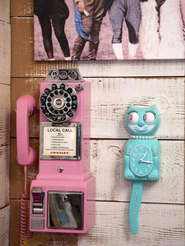Vintage_Phone_10