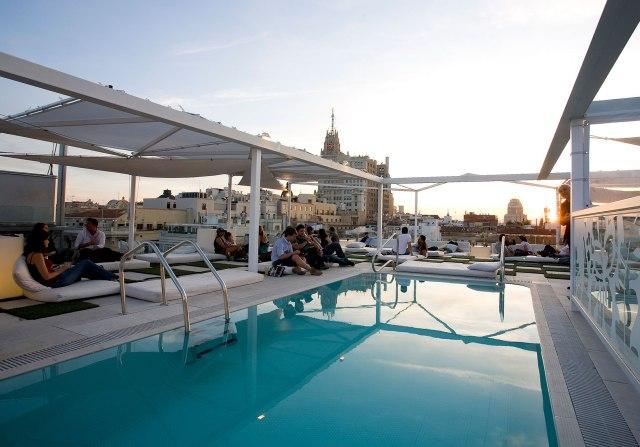 Madrid_Hotel_Room_Mate_Oscar_1