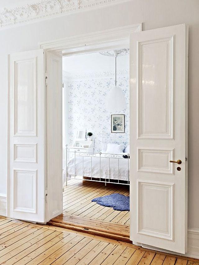White_Doors_10