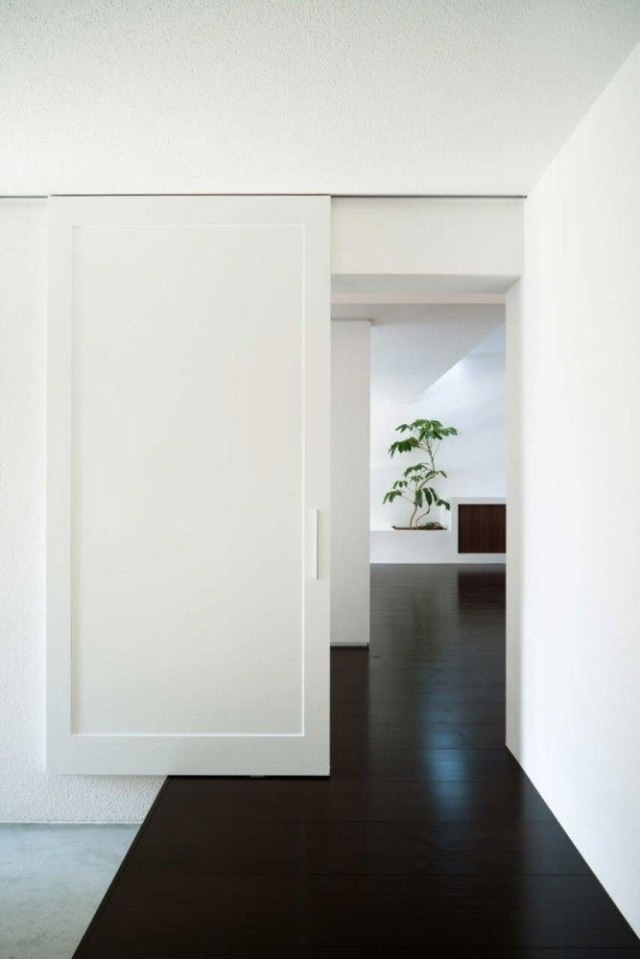 White_Doors_15