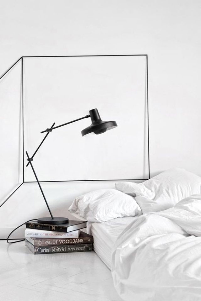 Oversized_Lamps_23