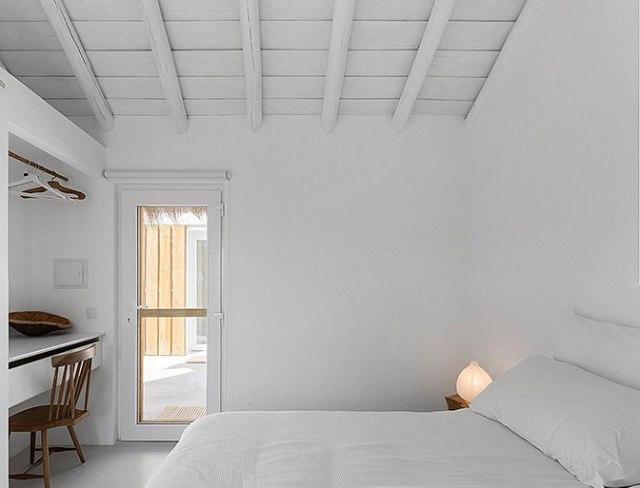 white_housecabin_portugal_18