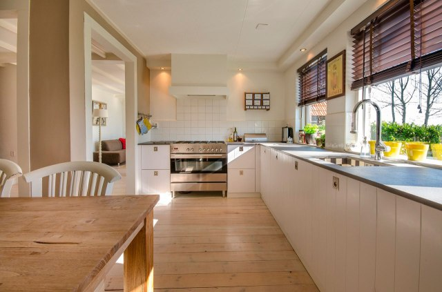 Cómo integrar los hornos en tu cocina de diseño
